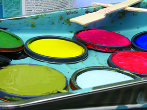 Bus-Benches-paint-lids